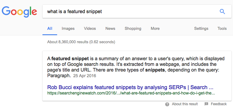 Example of a featured snippet with the answer to the question 'What is a featured snippet', showing how this ranks at the top of the Google page